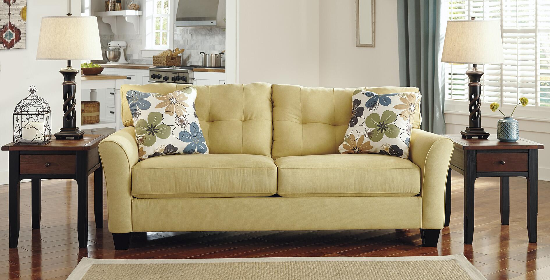 Ashley kylee goldenrod sofa review for Ashley kylee chaise