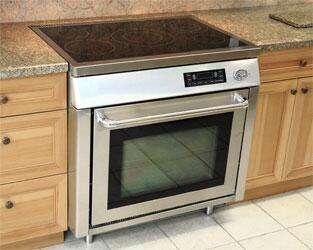 Diva DIVA365  Electric Freestanding Range with Smoothtop Cooktop, 4.7 cu. ft. Primary Oven Capacity, in Stainless Steel