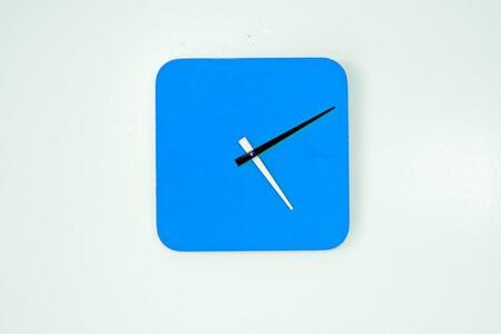 Scale 1:1 QUAX Quad Clock