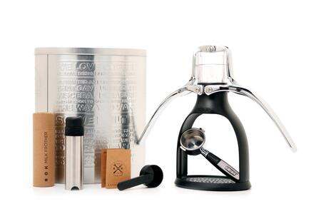 ROK Espresso Maker in Black