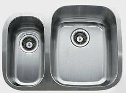 "Ukinox D376703010 26"" Wide Undermount Double Bowl Sink - 18-Gauge: Stainless Steel"