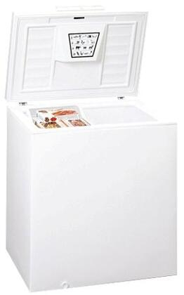"Summit WCH0738"" Freestanding Chest Freezer"