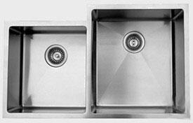 """Ukinox RS420604010 33"""" Wide Undermount Double Bowl Sink - 18 Gauge: Stainless Steel Big Bowl Location"""