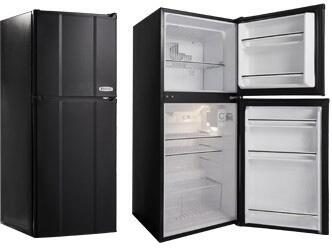 "MicroFridge 4.8MF4 19"" Top Freezer Refrigerator with 4.8 Cu. Ft. Capacity, 1 Crisper, and 2 Wire Shelves"