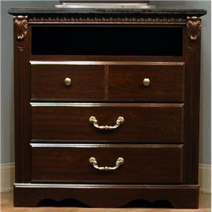 Standard Furniture 4024 Sorrento Series  Chest